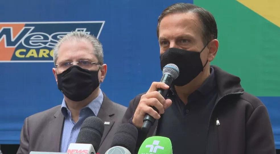 Governador João Doria anuncia entrega de 800 mil doses de Coronavac ao Ministério da Saúde, nesta sexta-feira (11) — Foto: Reprodução/TV Globo