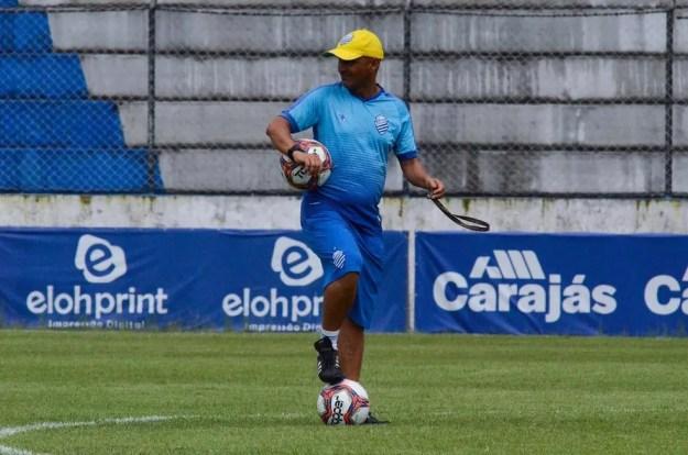Adriano Rodrigues vai comandar o time em Palmeira — Foto: Augusto Oliveira/ASCOM CSA