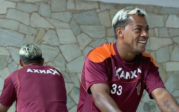 Marcelinho Paraíba fica no Boa Esporte (Foto: Reprodução EPTV)