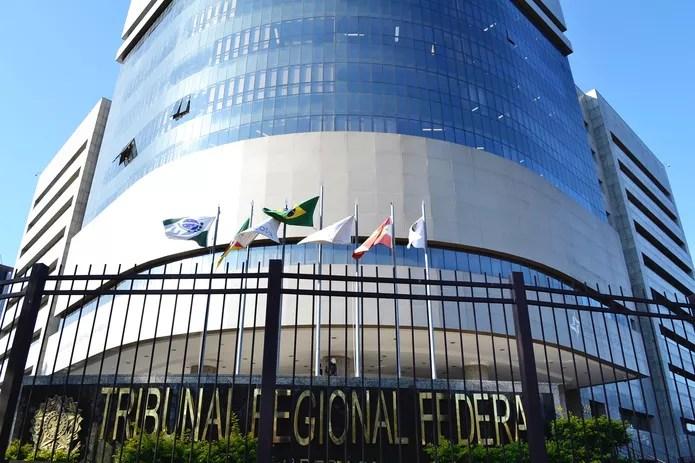 Prédio do Tribunal Regional Federal da 4ª Região — Foto: João Victor Teixeira/G1RS