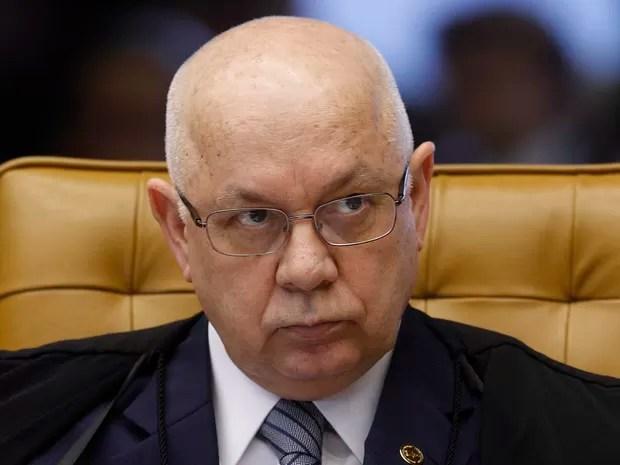 Ministro Teori Zavascki no julgamento dos embargos de declaração apresentados pelas defesas dos réus condenados na (AP) 470 (Foto: Nelson Jr./SCO/STF)