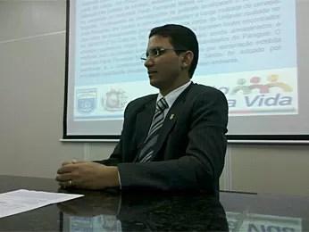Delegado Osias Tibúrcio contou detalhes do esquema (Foto: Kety Marinho / TV Globo)