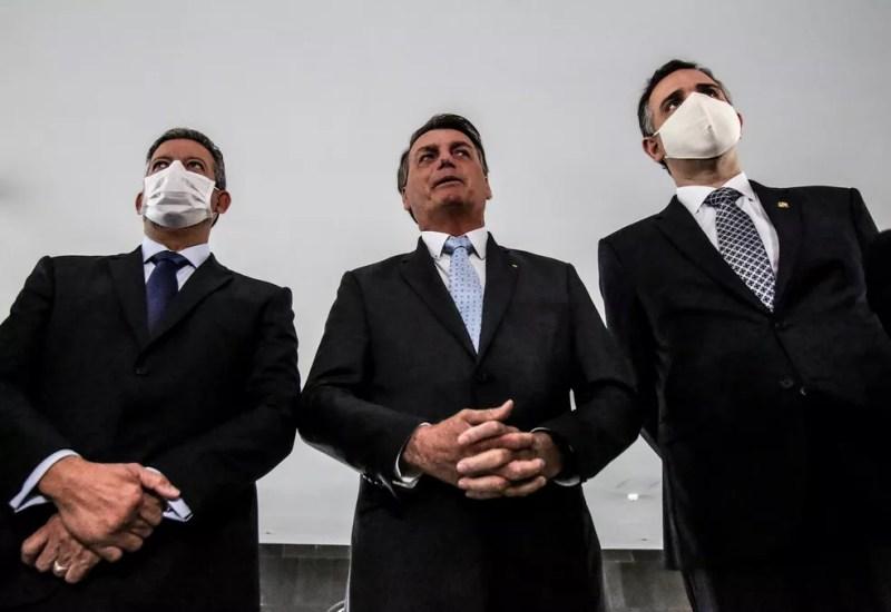Os novos presidentes da Câmara e do Senado se reuniram nesta quarta (3) com Bolsonaro em Brasília — Foto: Gabriela Biló/Estadão Conteúdo