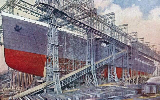 Nesse estaleiro de Belfast foram construídos o Olympic, oTitanice o Britannic, que aparece na foto (Foto: Wikimedia Commons/Public Domain)