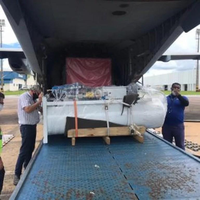 Usina foi levada para o antigo batalhão do Bope, onde vai funcionar uma extensão do hospital de campanha de Rio Branco — Foto: Cedida
