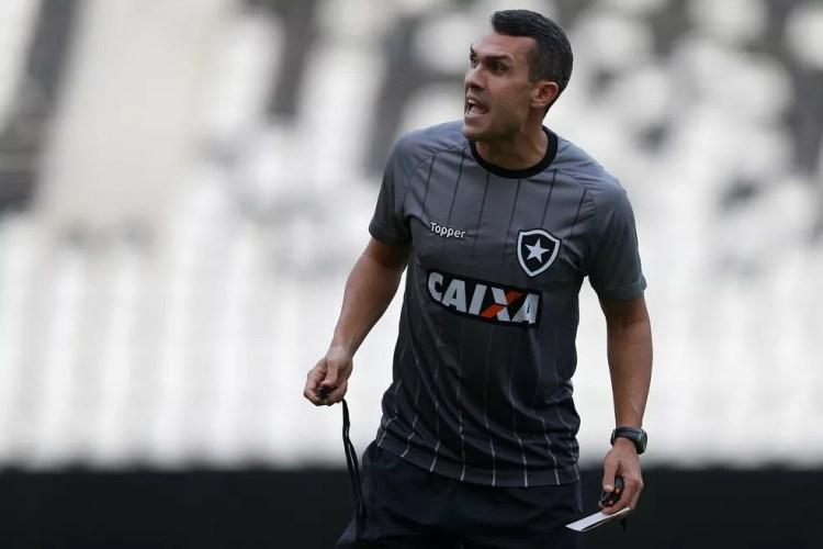 Bruno Lazaroni chegou ao Botafogo em 2014 (Foto: Vitor Silva/SSPress/Botafogo)