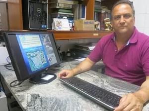 Marcelo fala sobre a pesquisa realizada na região (Foto: Mariane Rossi/G1)