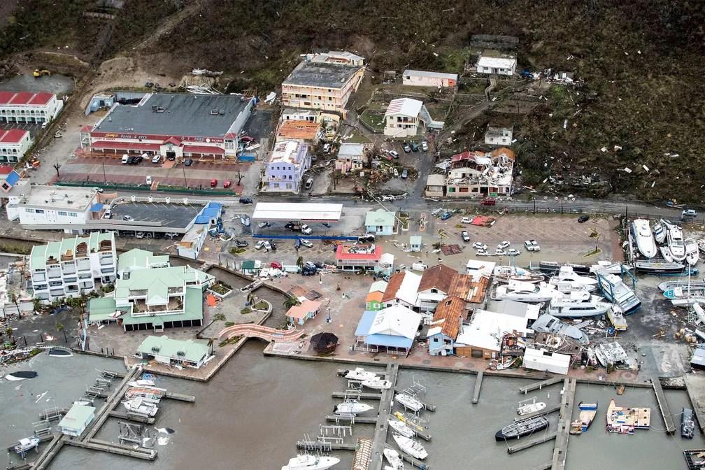 Destruição na Ilha de Saint martin, no Caribe, após passagem do Irma (Foto: Netherlands Ministry of Defence/Handout via REUTERS)
