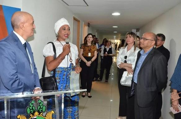 Emanuelly Vitória da Silva Almeida festejou a conquista como pioneira (Foto: Ribamar Pinheiro/ASCOM-TJMA)