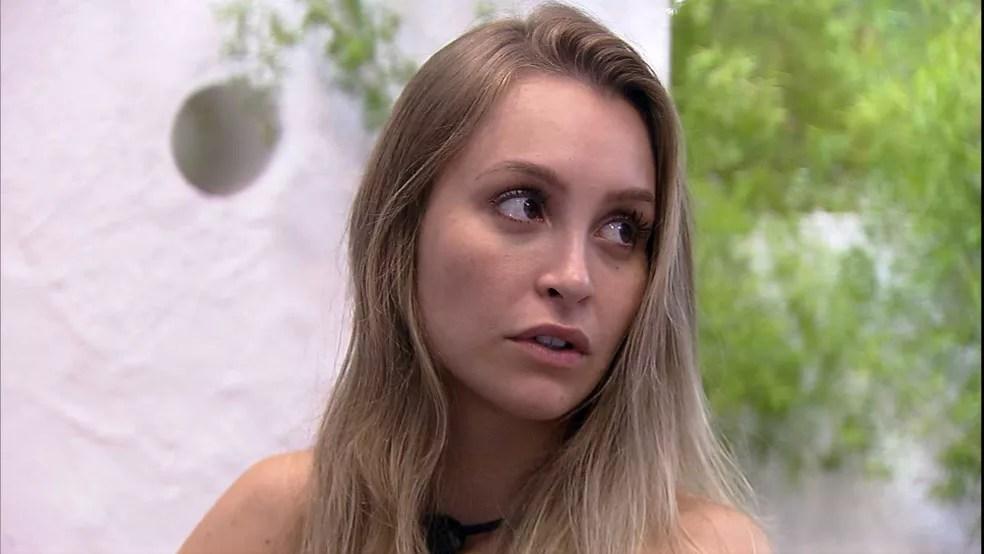Carla Diaz diz a Gilberto que sentiu 'falsidade' da parte dele no BBB21: 'Estava feio de ver' — Foto: Globo