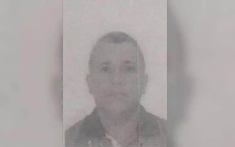 Fernando dos Santos, de 43 anos, morreu soterrado em uma obra de rede pluvial, em Mineiros, Goiás — Foto: Divulgação/Prefeitura de Mineiros
