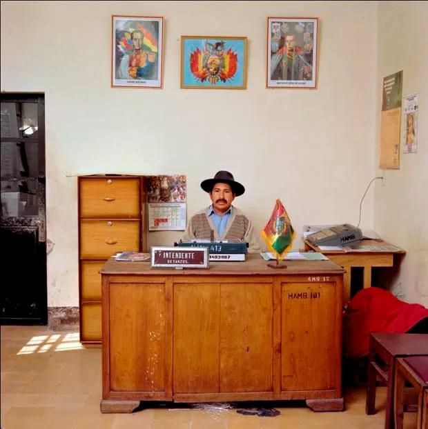 Escritório na Bolívia (Foto: Jan Banning/Divulgação)