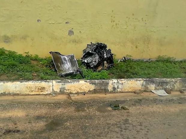 Motor foi arrancado de veículo em acidente na BR-317  (Foto: Alexandre Lima/Arquivo Pessoal)