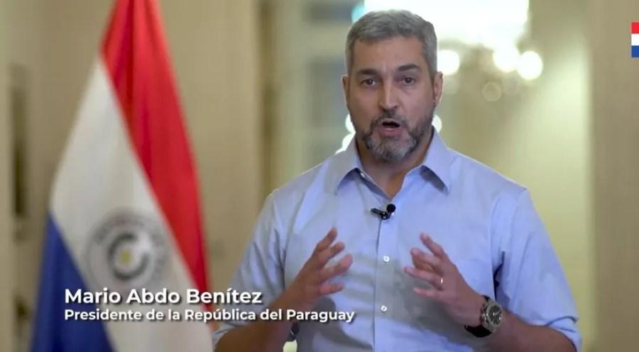 Mario Abdo Benítez, presidente do Paraguai, em pronunciamento na televisão neste sábado (6) — Foto: Reprodução