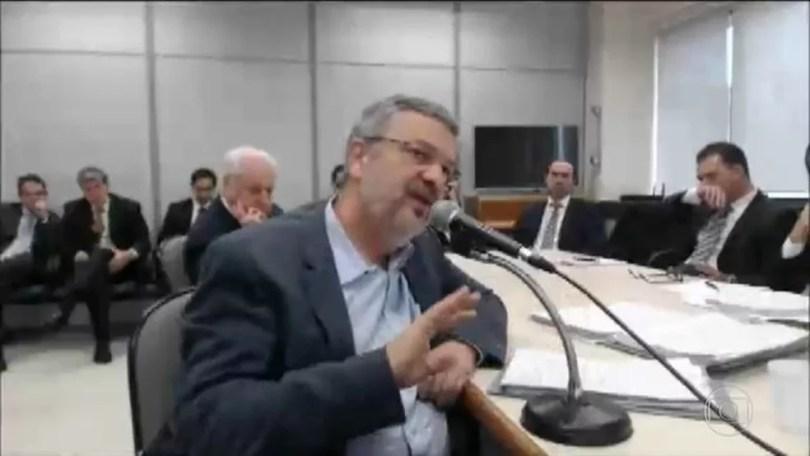 Em delação premiada, Palocci diz que Lula sabia da corrupção na Petrobras — Foto: Reprodução/JN