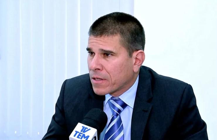 O promotor de execuções penais, Luiz Carlos Gonçalves, explica como será feita a reforma do CPP 3 (Foto: Reprodução / TV TEM)