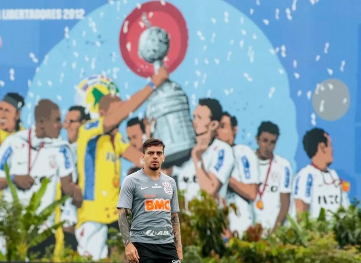 Fagner em treino do Corinthians — Foto: Rodrigo Coca/Ag. Corinthians