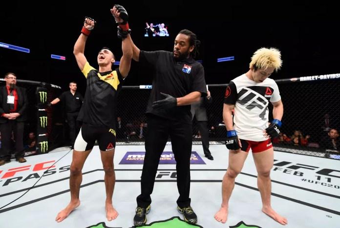 Ricardo Carcacinha bateu Michinori Tanaka em sua estreia no UFC (Foto: Getty Images)