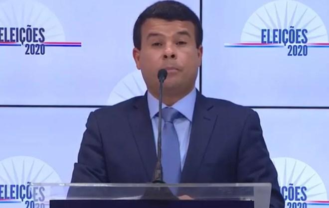 O candidato Celsinho Cotrim (PROS) no debate da TV Educadora — Foto: Reprodução / Youtube