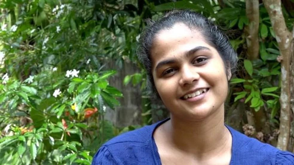 """Bhagya Abeyratne disse que lutaria para salvar seu ambiente com seu """"último suspiro"""" — Foto: BBC"""