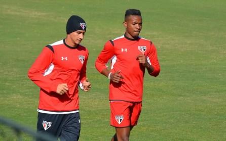 Ganso e Thiago Mendes foram vendidos pelo São Paulo em 2016 e 2017, respectivamente (Foto: Érico Leonan/saopaulofc.net)