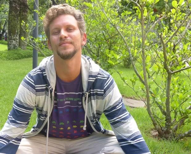 Aslan está tranquilo com sua saída do BBB 13 (Foto: Domingão do Faustão / TV Globo)