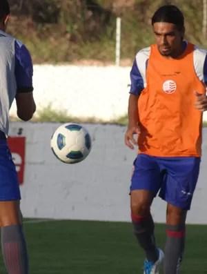Araújo - Náutico (Foto: Lula Moraes/GloboEsporte.com/PE)