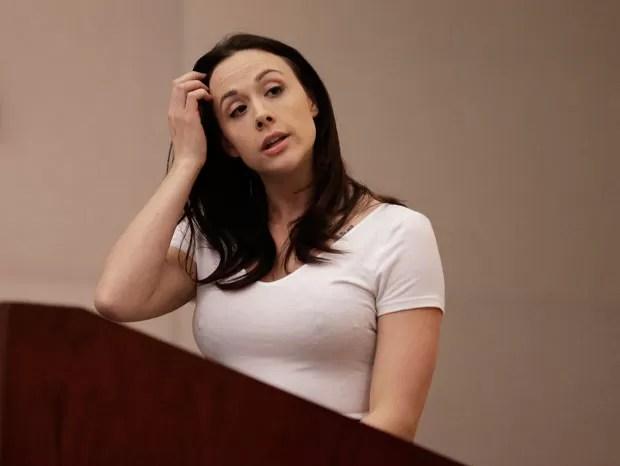 Atriz pornô Chanel Preston também saiu em defesa da indústria pornô (Foto: Ben Margot/AP)