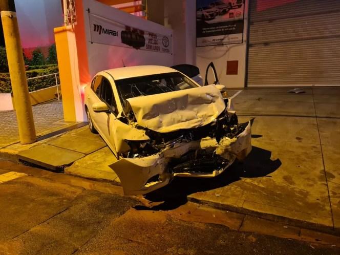 Batida frontal mata motorista e deixa crianças feridas no centro de Tupã — Foto: João Trentini/Divulgação