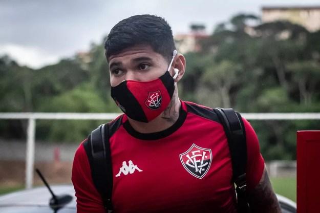Léo Ceará está recuperado de lesão muscular — Foto: Letícia Martins / EC Vitória / Divulgação
