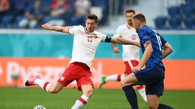 Robert Lewandowski Polônia Eslováquia Eurocopa São Petersburgo