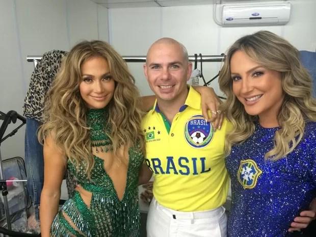 Jennifer Lopez, Pitbull e Claudia Leitte (Foto: Twitter / Reprodução)