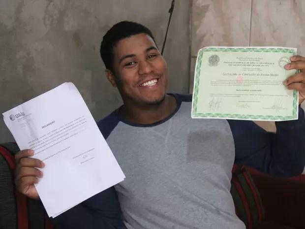 Estudante gaúcho é aceito em universidade de Portugal (Foto: Joyce Heurich/G1)