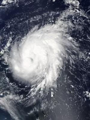 Foto de satélite divulgada pela Nasa mostra o furacão Gonzalo sobre as Ilhas Leeward, em 13 de outubro (Foto: AFP Photo/Nasa/Handout)