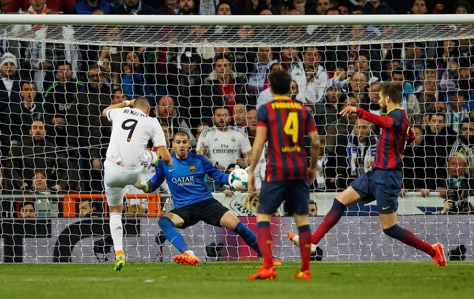 benzema  barcelona x real madrid  (Foto: AP)