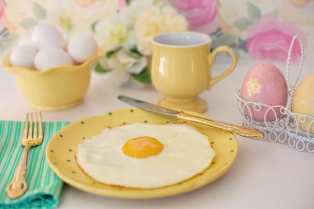 Uma análise descobriu que as pessoas que tornaram o café da manhã a principal refeição eram mais propensos a ter um menor índice de massa corporal — Foto: Pixabay