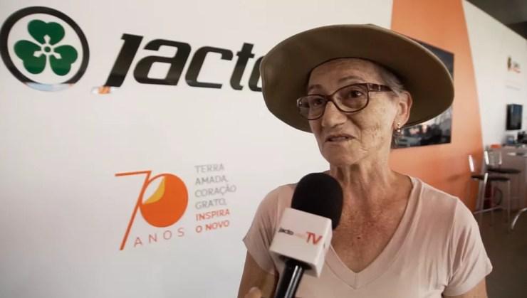 Agricultora Aurélia Berti, de Toledo (PR), sempre dividiu os afazeres da propriedade com o marido (Foto: Jacto Agrícola/Divulgação)