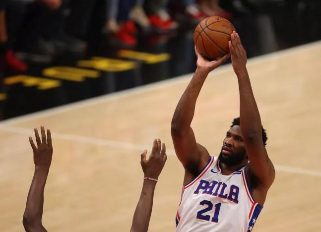 Joel Embiid NBA — Foto: Kevin C. Cox/Getty Images