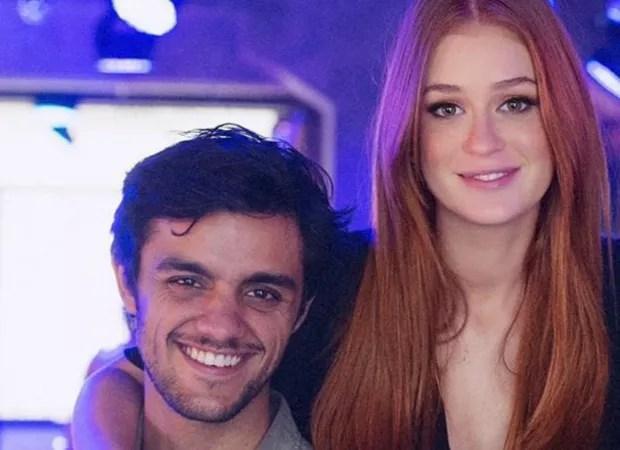 Marina Ruy Barbosa e Felipe Simas em cena de 'Totalmente Demais' (Foto: Foto: Reprodução/Instagram)