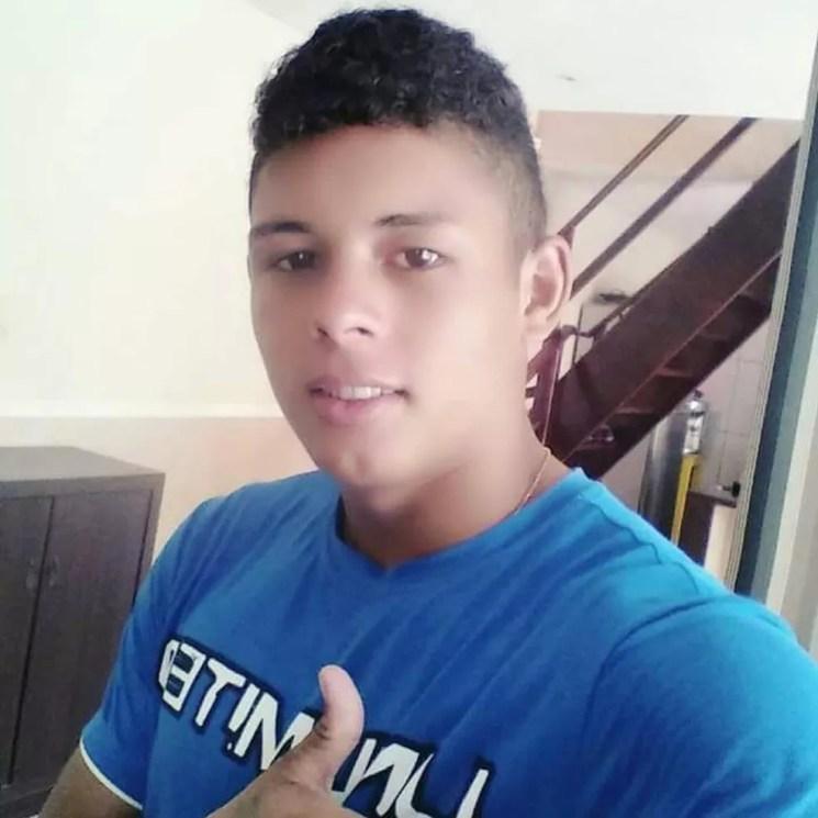 O primeiro a sumir foi o jovem Erick da Silva Barroso, de 18 anos, em janeiro deste ano (Foto: Arquivo da família)