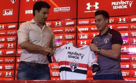 Buffarini chegou ao São Paulo no meio do ano passado, mas não vingou (Foto: Marcelo Prado)