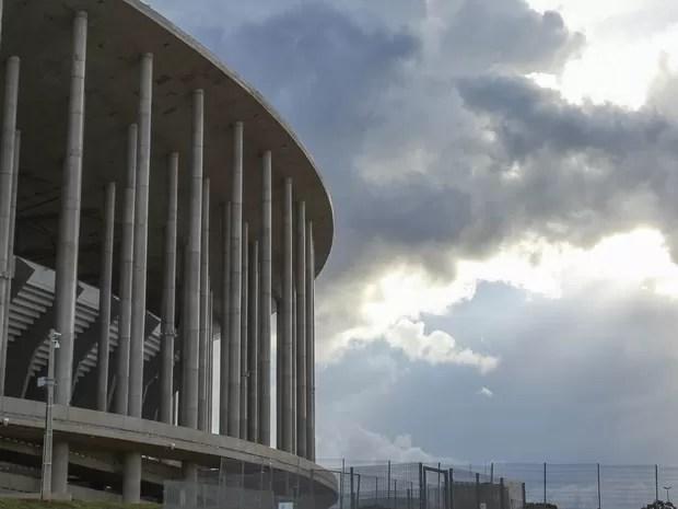 Colunas de sustentação da cobertura do estádio Mané Garrincha, em detalhe (Foto: Andre Borges/GDF)