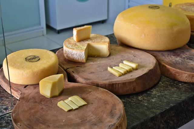 Serra da Canastra é uma das microrregiões reconhecidas pelo queijo Minas Artesanal — Foto: Lucas Soares/G1