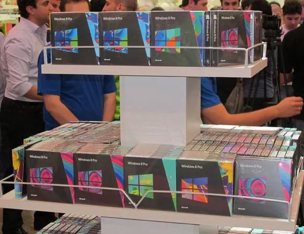 Windows 8 começou a ser vendido nesta sexta-feira (26) (Foto: Gustavo Petró/G1)