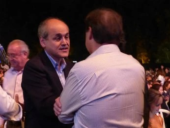 Gustavo Fruet também prestigiou o evento  (Foto: Adriana Justi / G1)