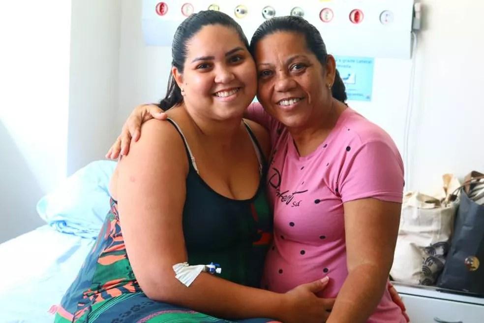 Mãe da paciente acompanhou de perto o tratamento da filha. — Foto: Divulgação