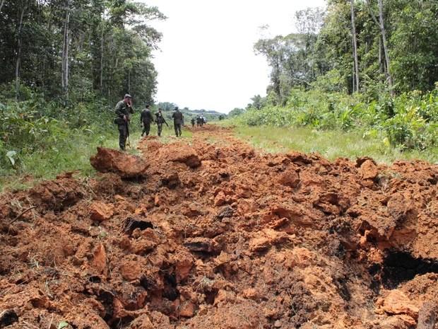 Pista implodida pelo Exército na Terra Indígena Yanomami durante a Operação Ágata 7 (Foto: Laudinei Sampaio)