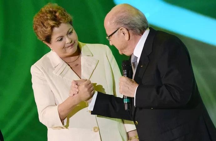 blatter dilma sorteio copa do mundo   (Foto: AFP)