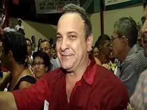 Manoel Santana, candidato a prefeito pelo PT (Foto: TV Verdes Mares/ Reprodução)