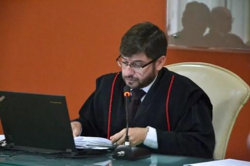 Conselheiro Carlos Thompson, presidente do TCE-RN, é relator de representação contra resolução do TJRN que institui o pagamento de licenças-prêmio a magistrados (Foto: Jorge Filho/TCE)